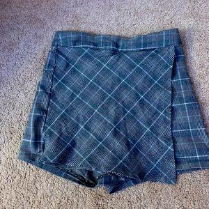 Garage skirt/shorts